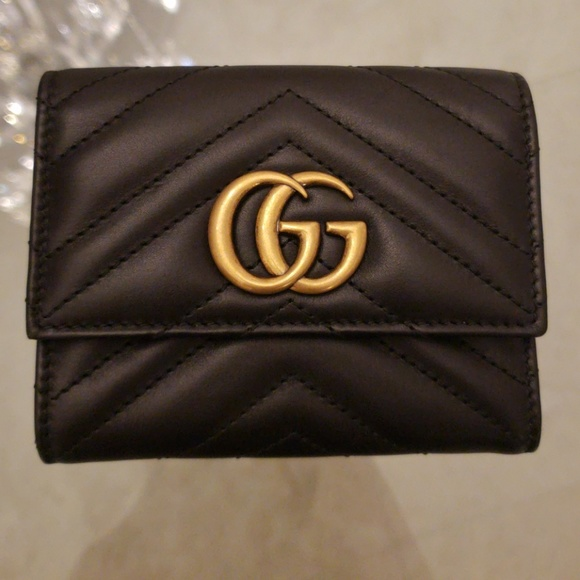 5484eed6d81 Gucci Marmont Black Chevron Leather Wallet NEW